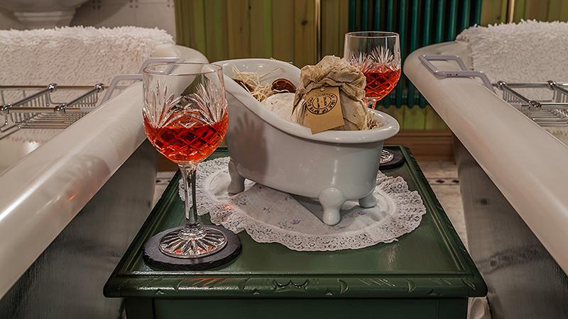 Ptarmigan Luxurious bathroom